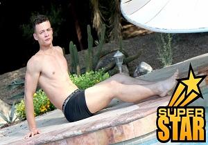 video GayHoopla – Uncut Jock Rico Vega Jerks Off