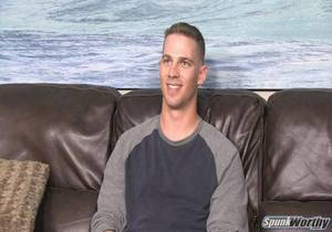 video Horned up Marine, Ken, gets a surprise handjob