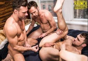 video Manuel Skye And Drake Rogers Stretch Blaze Austin's Ass With A Sex Toy