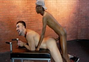 video Mason Lear, Sebastian Velmont – Mason's Date with Dick (Bareback)