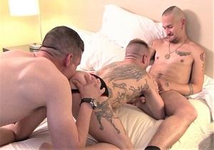 video Random Rendezvous – Sc 2 Dimitri Santiago, Chet Daniels and Joe Hudson (Bareback)
