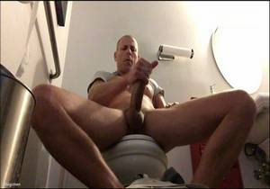 video Big C Jerks Off & Cums In Bathroom At Work