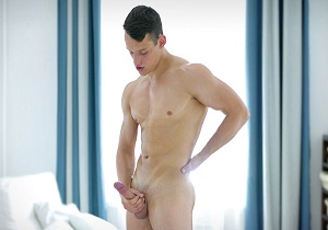 video Alexei and his oiled up jock cock