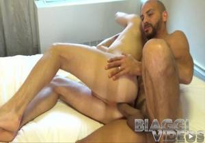 video Antonio Biaggi Fisting Jay Strong Part 1 (Bareback)