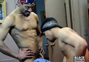 video Black Thug Gangsta Fucked Deep