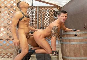 video Bareback Barracks: Bros In Arms – Casey Everett, Zario Travezz