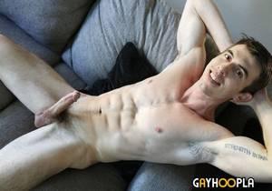 video Rugged New Handsome Model Joel Gordo Jerks Off