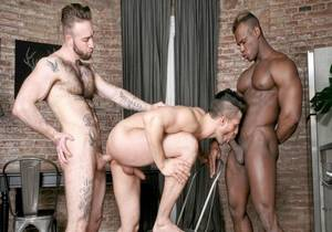 video Born For Porn – Kris de Fabio, Ridder Rivera & Manuel Scalco
