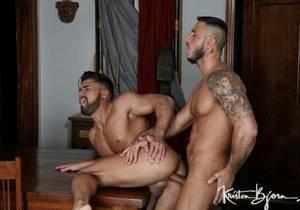 video Boyfriends – Dann Grey & Klein Kerr