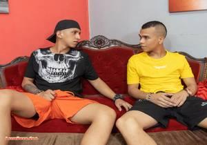 video Latin Bareback Fuckers SANTI and MATEO