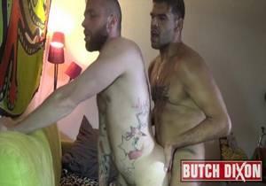 video Leon XXL and Flo Carrera (Bareback)
