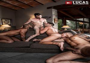 video Louis, Apolo, Drake, And Andrea's Ass-Splitting Foursome (Bareback)