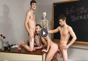 video Projecting Cock Part 3 – Aaron London, Grant Ryan, Johnny Rapid