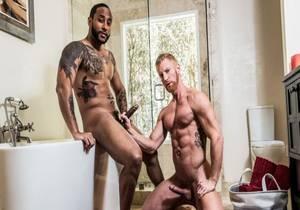 video Shared Shower – Jaxx Maxim & Johnny V