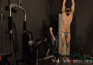 video Pavel Sora – SPANKING