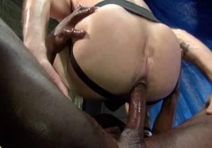 video Aaron Trains Maxs Ass