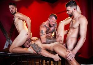 video The Night Riders – Woody Fox, Sean Duran, Riley Mitchel & Dante Colle