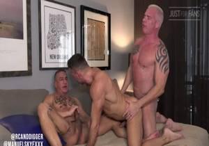 video Ryan Carter & Digger and Manuel Skye (Bareback)