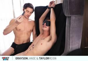 video Taylor Reign & Grayson Lange RAW (Bareback)