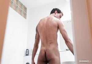 video The Voyeur – Scene #03 – Mickael