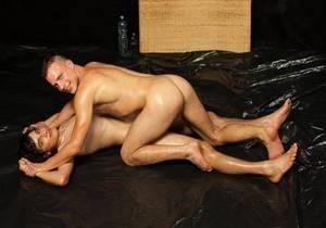video Petr Ugan & Hugo Antonin – WRESTLING