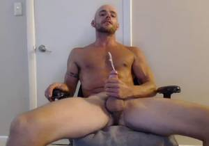 video Stany, Sexy Sport Guy Shows His Cock On Cam