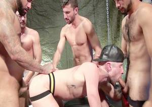 video Drew Dixon Gang Bang Part 1 – Rikk York, Scott DeMarco, Jack Andy, Jacob Conar