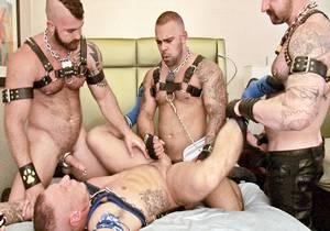 video Raw Dogging – Part 2 – Puppy Breeding – Jonah Fontana, Aleks Buldocek, Lorenzo Flexx, Tyler Griz