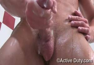 ActiveDuty – Tanner shower solo
