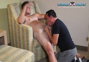 BeefcakeHunter – Russ – Thick legs cutie got serviced