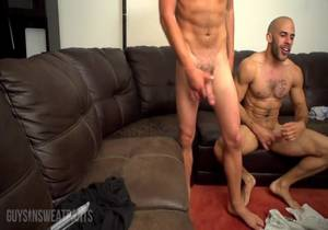 GuysInSweatPants – Alex and Austin fuck live