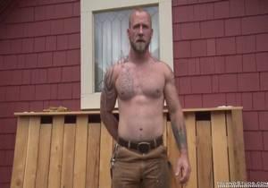 Island Studs – Lumberjack Baker – 8 Bearded Muscle Butt Mountain Man Works, Jerks & Pees In Oregon!
