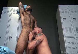 MenOver30 – Sean Harding & Atlas Grant – Let's Do It In The Locker Room