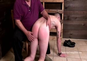 ReluctantYoungMen – Kevins Hard Hand Spanking