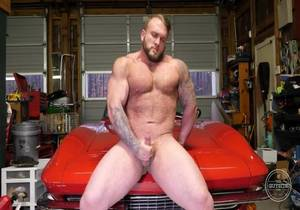 TheGuySite – Gunnar – Muscle and Cars