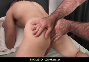 Familydick – Daddy Has Threesome with Boys Gay Porn 4e
