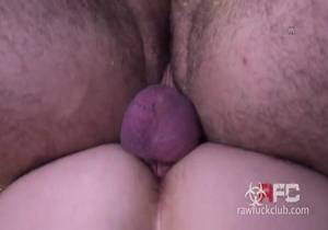 Riley Mitchel & Jonah Fontana – Turn Each Other Out
