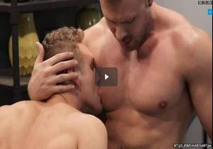 GAY PORN STAR AUSTIN WOLF FEEDS BISEXUAL HORN , JAMIE PAVEL HIS HOT CUM