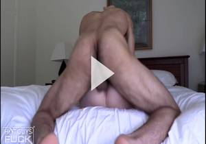 Sexy Teen Naomi Porter Brings Out The ANIMAL In Mixed Hunk Mani Storms