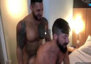 Viktor Rom, Sultan Rhodos – Sex in Ibis Berlin (part 2)[Bareback]