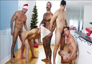 Live For Christmas – Ace Quinn ,Ethan Chase ,Manuel Skye ,Rocky Vallarta & Teddy Torres