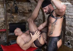 BRO – Sexy Muscle Sub – Bruno Turbo & Dee