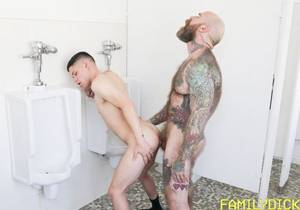 FMD – Lockerroom Spy – Jack Dixon & Dylan Hayes