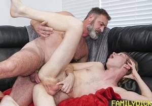 FMD – Sports Massage – Skylar Hill & Kristofer Weston