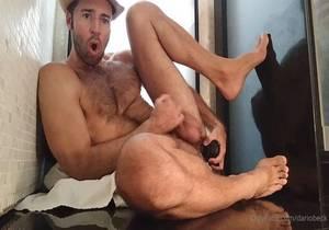 OF – Dario Beck (dariobeck) – What a fuck, you bastard! Look how this huge black rod fucks me