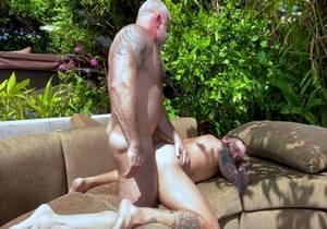 SU – Backyard Fun – Lance Charger