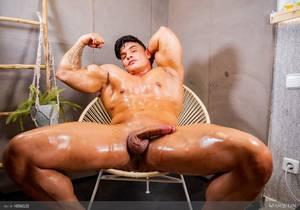 Hot AF : Heracles