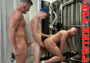 BLOWING OFF STEAM – TEAM PLAY (Bareback)