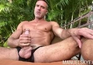 Manuel Skye, Wait for it… SoloSunday
