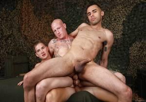 3 -Way Fest With Brandon, Hugo & Niko (Bareback)